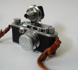 Leica IIIa with VIOOH Viewfinder
